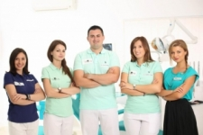 Echipa PREMIER DENTAL IMPLANT CENTER